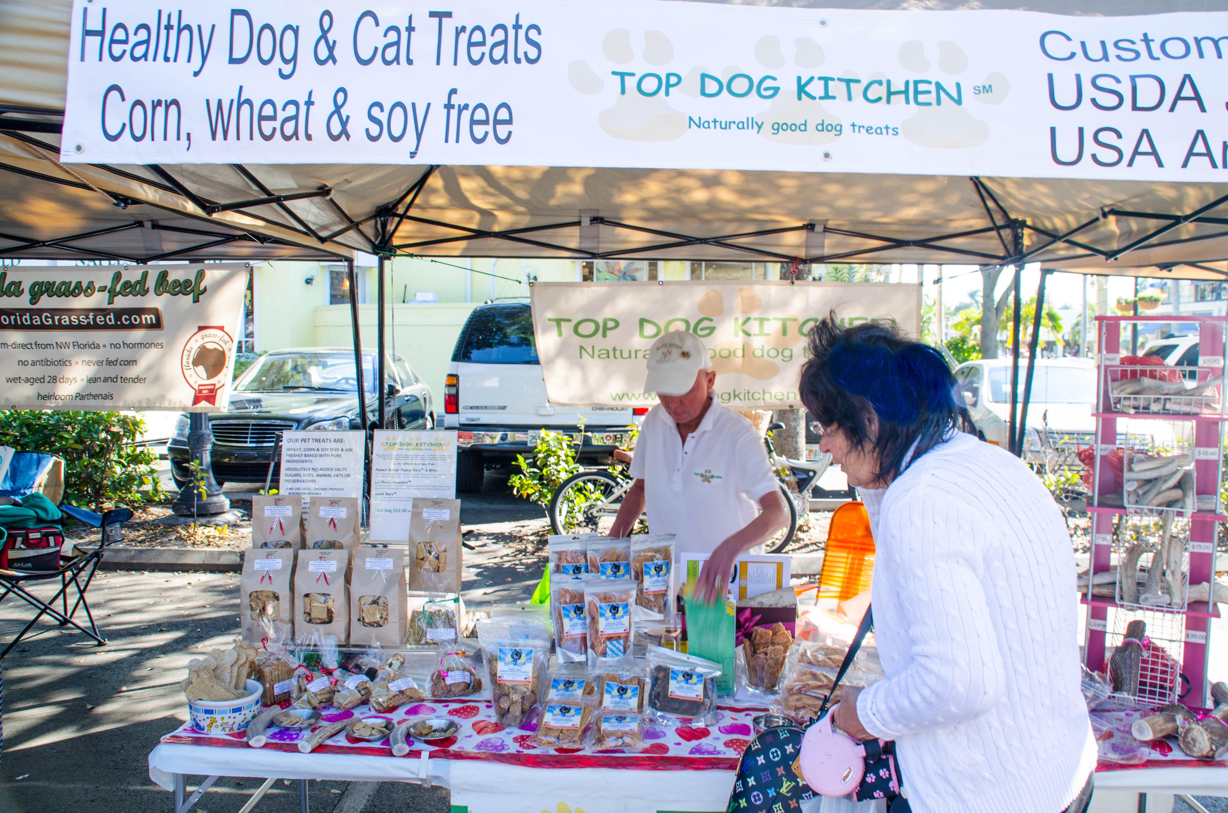 farmers market dogs 007